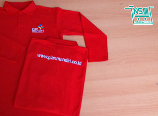 Kaos Merah Polo Gian Mandiri